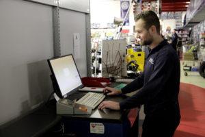 Roskamp Automaterialen Nummerbord Service